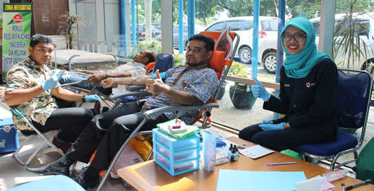 Kegiatan Donor Darah Di Rsud Arifin Achmad