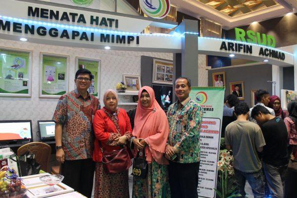 RSUD Arifin Achmad Provinsi Riau Ikut Memeriahkan Riau Expo 2016