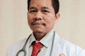 dr. Beton Sitepu
