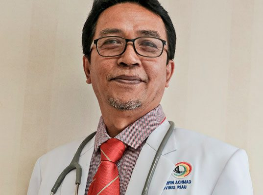 dr. Ismar, SpB.SpBA