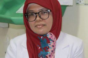 dr. Devi Susanti, Sp. PK