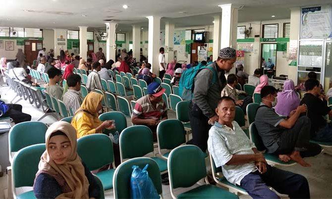 Intensitas Layanan Poliklinik Rawat Jalan RSUD Arifin Achmad Masih Tinggi