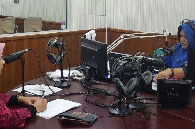 Dialog Interaktif di RRI, dr Silvia Beri Pemahaman AIDS