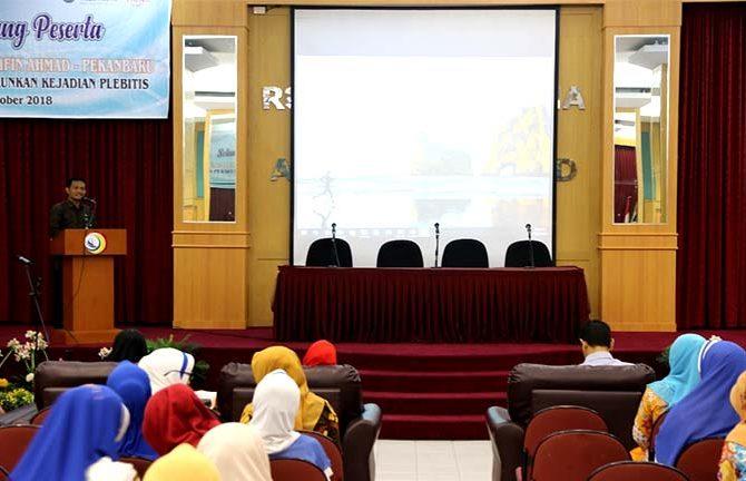 In House Training RSUD Arifin Achmad: Peran Perawat Turunkan Kejadian Plebitis