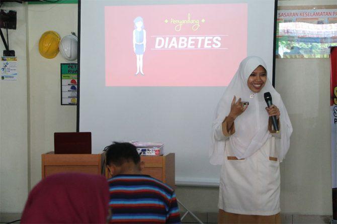 RSUD Arifin Achmad Berbagi Ilmu: Cara Perawatan Kaki Penyandang Diabetes