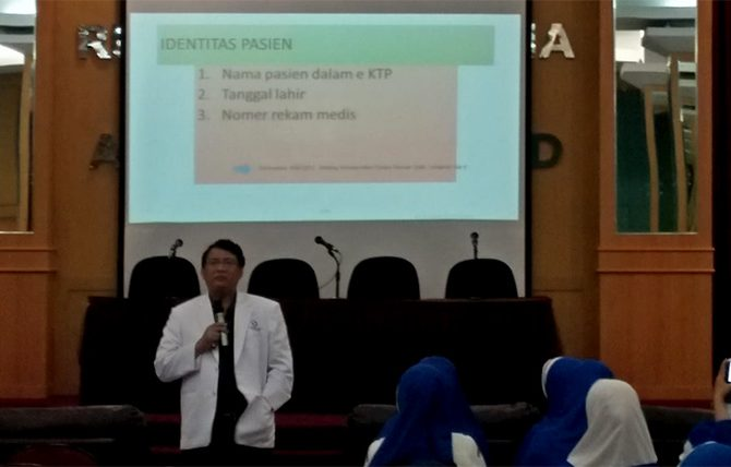 Lagi, KPRS RSUD Arifin Achmad Sosialisasikan Sasaran Keselamatan Pasien