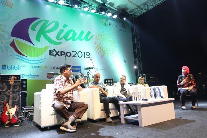 EDUKASI PENGUNJUNG RIAU EXPO 2019,  RSUD ARIFIN ACHMAD PROVINSI RIAU GELAR TALKSHOW TENTANG KANKER