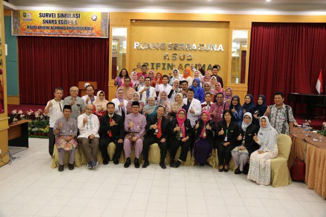 RSUD Arifin Achmad Provinsi Riau gelar Survei Simulasi Akreditasi SNARS versi 1.1